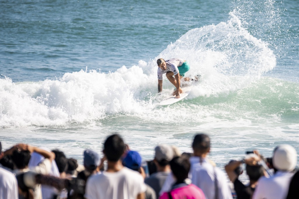 Santiago Muñiz's combination of fast and powerful surfing in the smaller conditions for Wednesday's competitions were unmatched by the rest of the field. Photo: ISA / Ben Reed