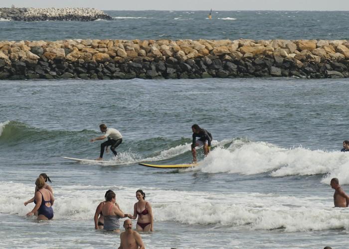 surf_0021__1070966.JPG