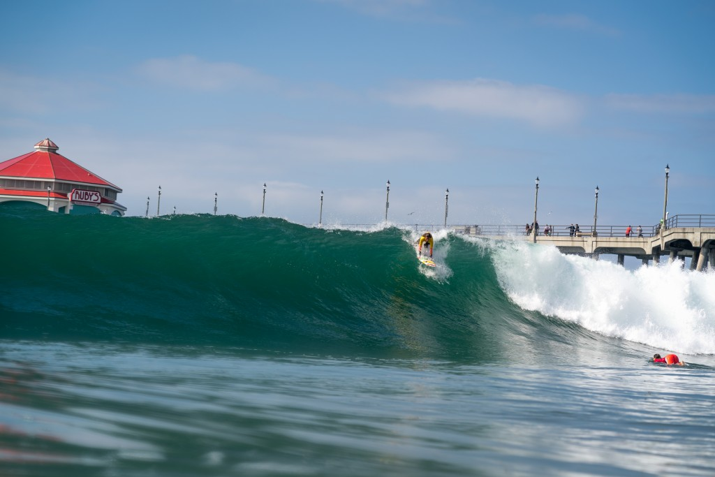 Canada's Jasmine Porter not backing down on a set wave in the Girls U-16 Division. Photo: ISA / Sean Evans