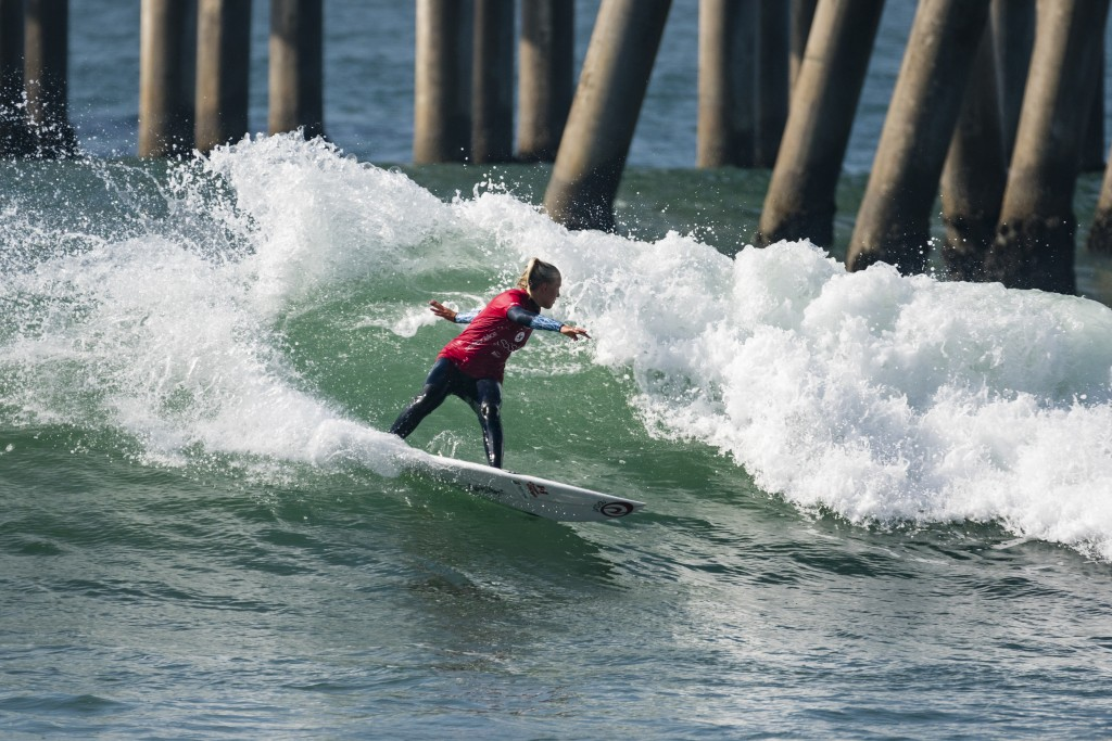 Canada's Mathea Olin surfs strong to continue in the Main Event. Photo: ISA / Ben Reed