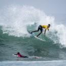 El representante de Costa Rica Kenneth Sandoval disfrutando de Huntington Beach que no paró de bombear: ISA / Ben Reed