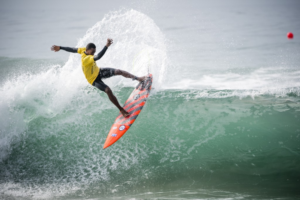Fiji's Api Camoro hit the lips hard in his Repechage heat, but unfortunately was unable to advance. Photo: ISA / Ben Reed