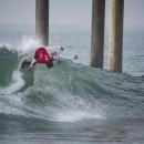 El Hawaiian Cole Fry surfeó muy solido de espaldas, llevándose así la mejor ola del día. Foto: ISA / Ben Reed