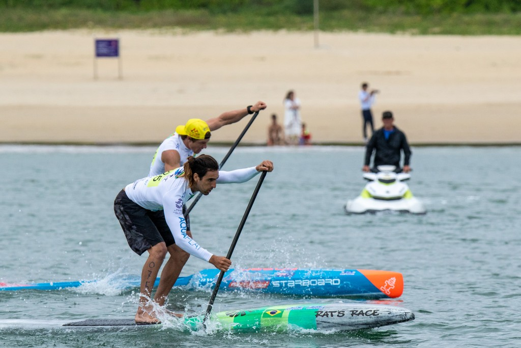 Arthur Santacreu (BRA) finished first in all his races on Friday, including in the Final. Photo: ISA / Pablo Jímenez