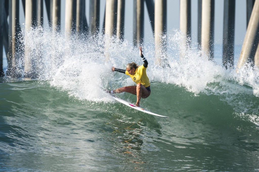 Germany's Rachel Presti cruises into the Girls U-18 Semifinals. Photo: ISA / Ben Reed