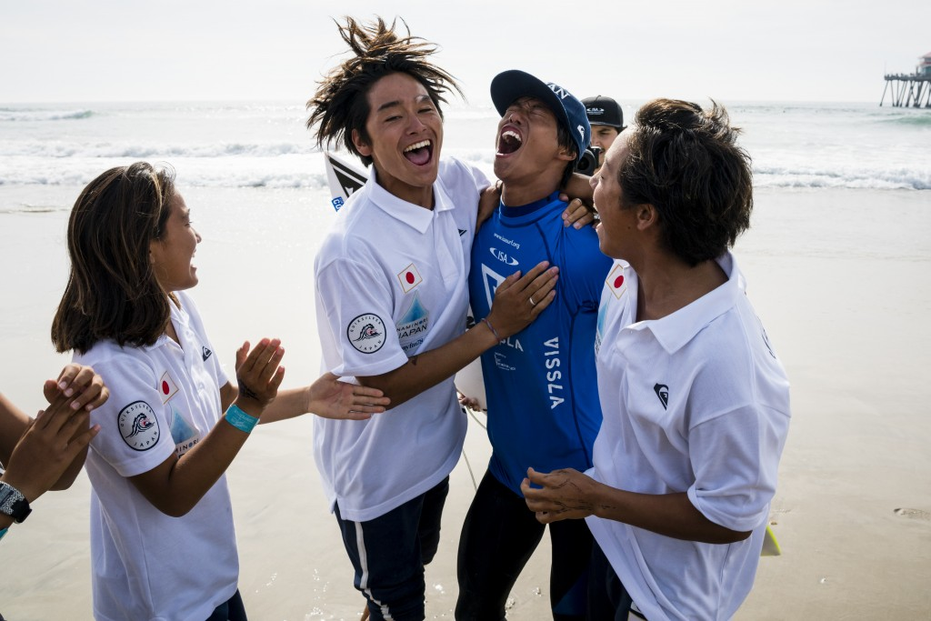 Keanu Kamiyama lets his emotions run free after earning the Boys U-18 Gold. Photo: ISA / Ben Reed