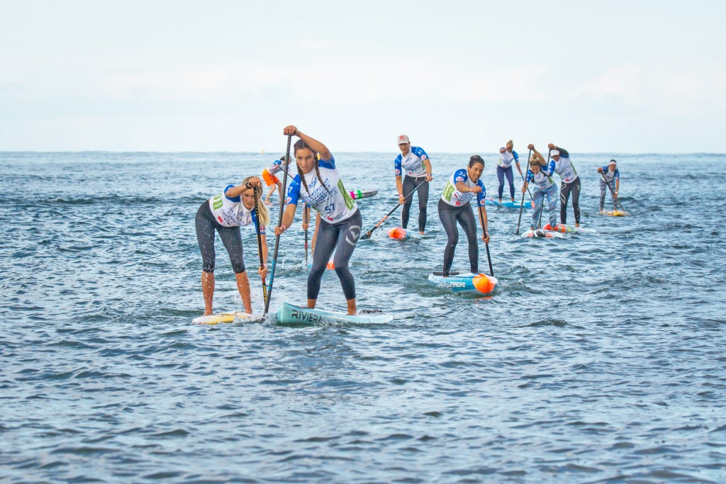 The women's SUP Technical Race hits the water in 2017 in Denmark. Jade Howson (USA), leading the pack, will compete for Team USA in the U-18 Technical Race in 2018. Photo: ISA / Sean Evans