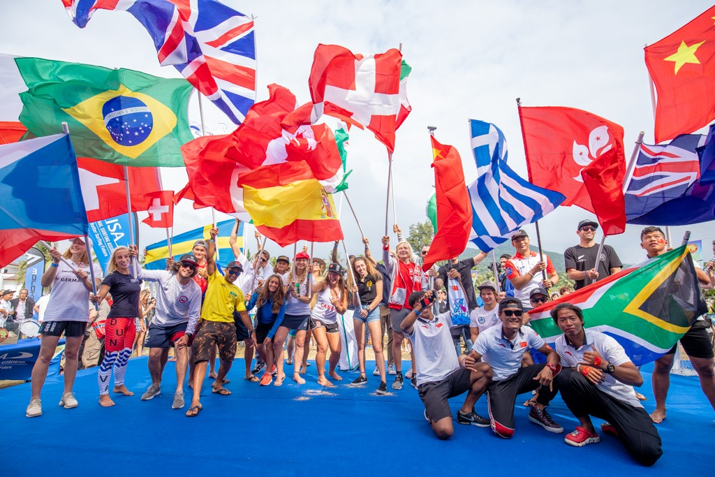 26 nations united in peace through the sports of SUP and Paddleboard at the Opening Ceremony. Photo: ISA / Pablo Jimenez