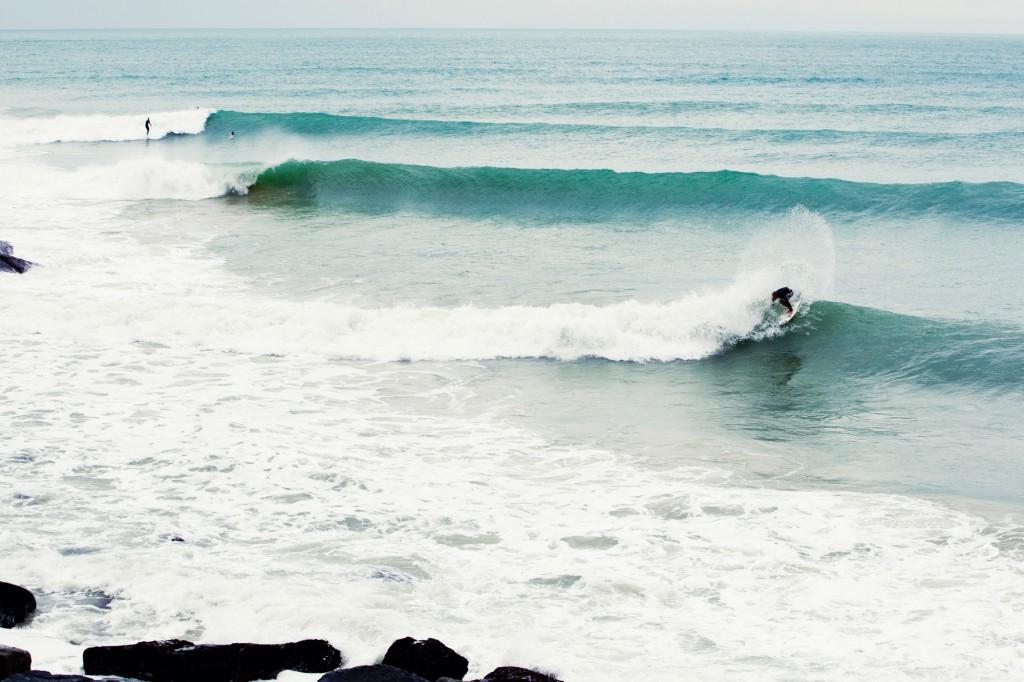 Riyue Bay demostrando el por qué se ha convertido en el centro de la cultura del Surfing y SUP en China. Foto: ISA / Muñoz