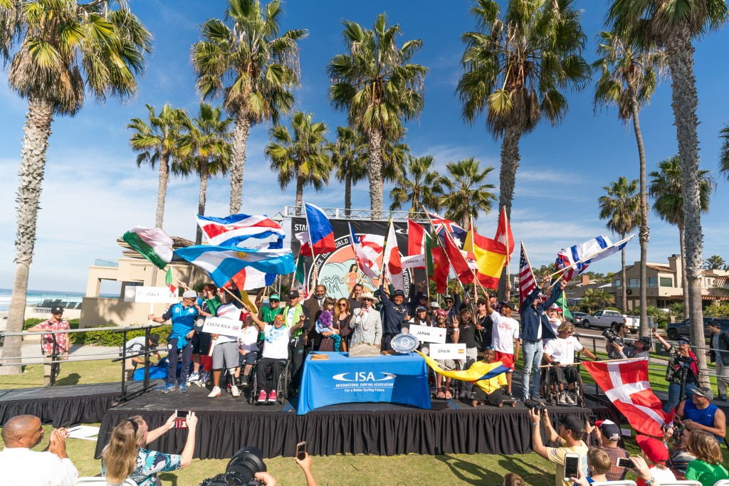 24 nations united in peace through adaptive surfing. Photo: ISA / Sean Evans