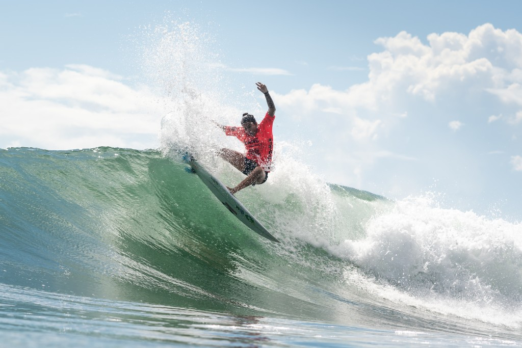 Silvana Lima's Silver Medal performance has led Brazil to the top of the team rankings. Photo: ISA / Sean Evans