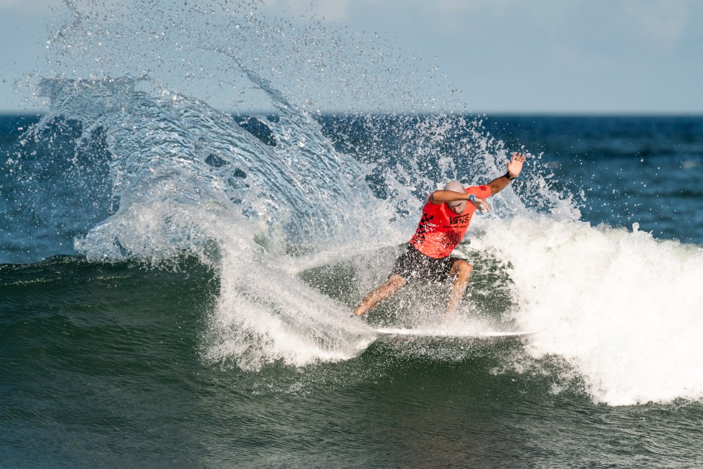USA's Kelly Slater advancing through to the second round. Photo: ISA / Sean Evans