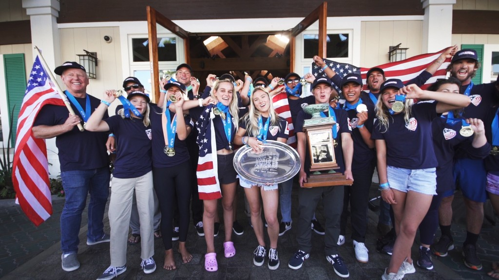 Team USA hoists their Gold Medals, the third for their country in the history of the event (2015, 2017, 2019). Photo: ISA / Naslo Bustamante