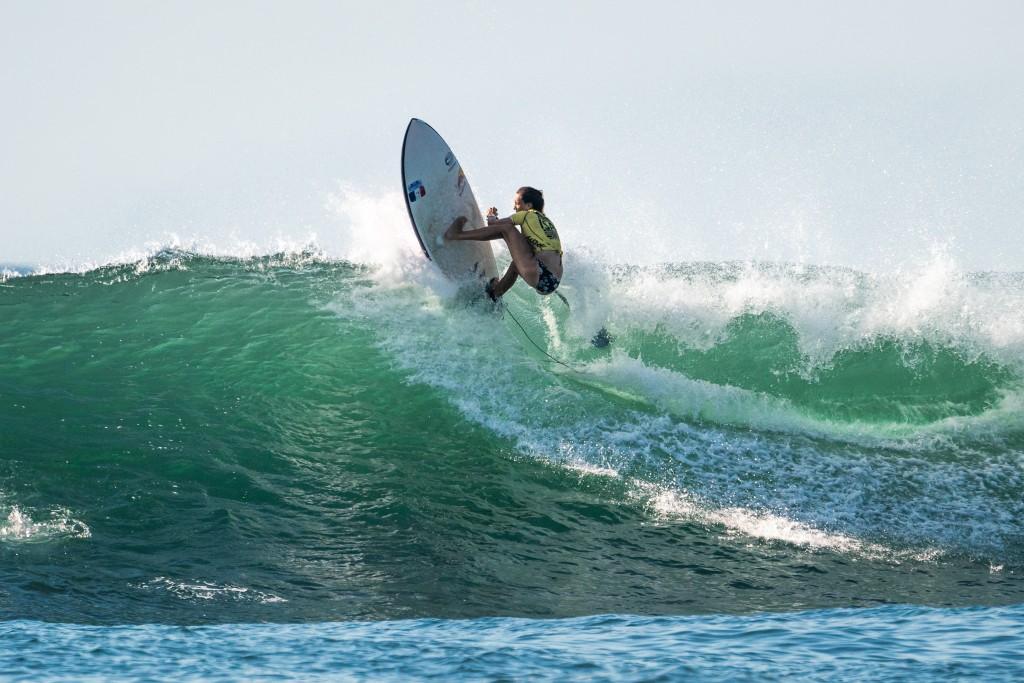 Justine Dupont en su ruta a la cima del SUP Surfing Mujeres. Foto: ISA / Sean Evans