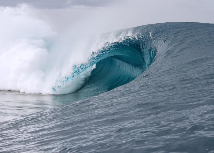 La mundialmente reconocida izquierda de Tahiti, Teahupo'o. Foto: WorldSurfLeague.com