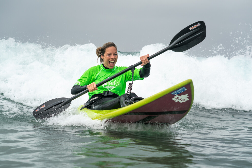 Lisa Franks can't hide her smile during her participation in the AmpSurf ISA Para Surf Clinic. Photo: ISA / Sean Evans
